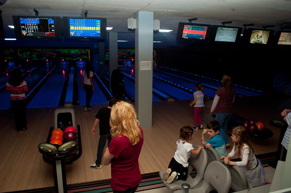 Kidsave Bowling-16.jpg
