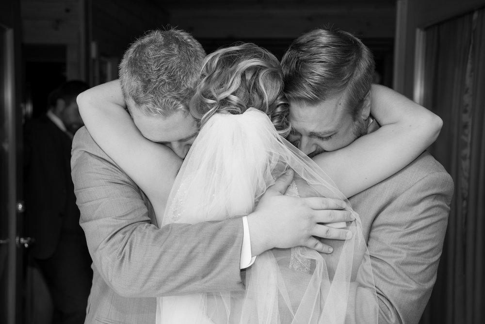 Bride_Brothers_Wedding_Emotions