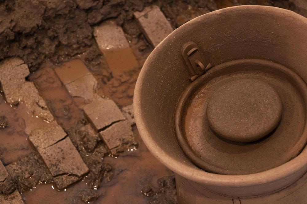 00. Milkchurn lid detail.jpg