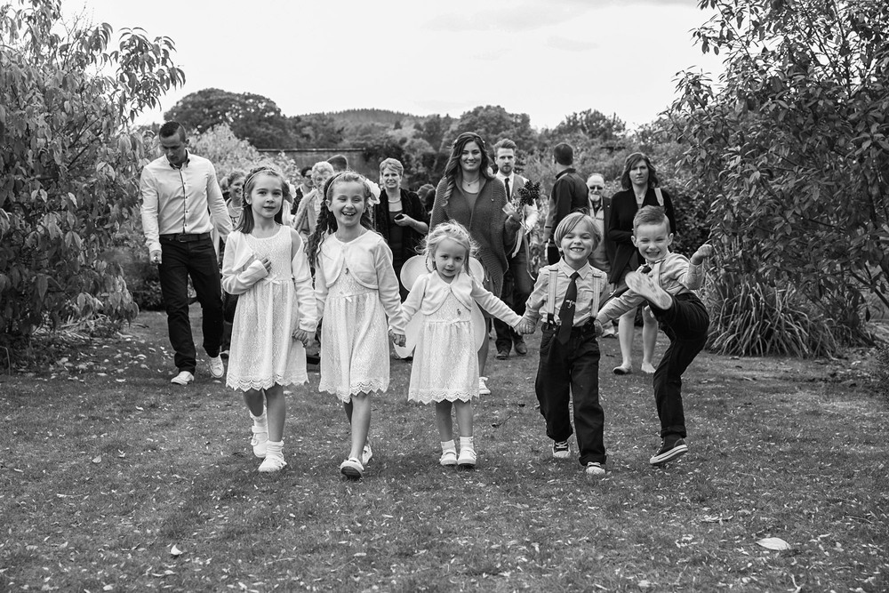 Glan-Usk-Estate-Brecon-Wedding-Photographer-Wales-033.jpg