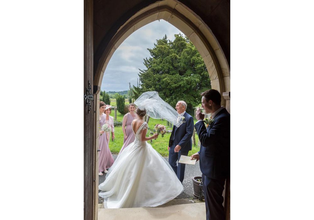barn-brynich-wedding-photographer-brecon-wales-017.jpg