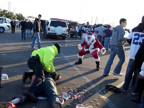 santa-fight.jpg