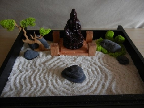 142 build a desktop zen garden and incorporate my bonsai for Table zen garden