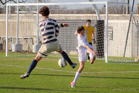 Logan_Soccer-4.jpg