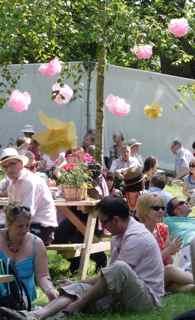 chelsea flower show publiek.jpg