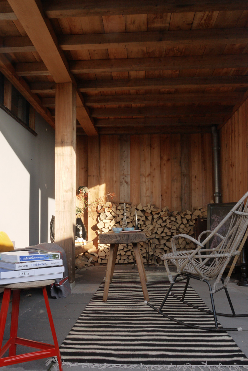 veranda 2.jpg