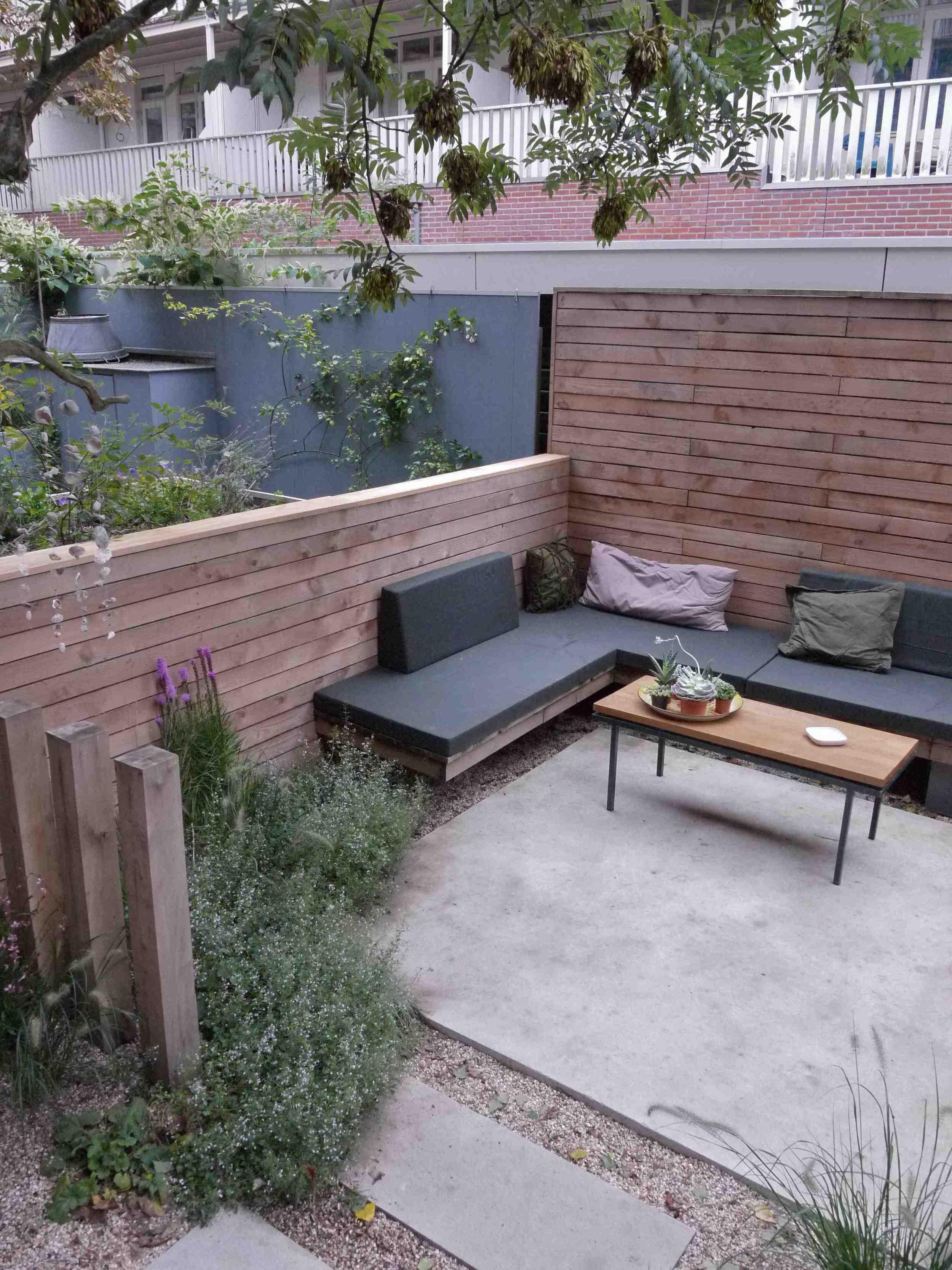Tuinontwerp of tuinarchitect wij ontwerpen tuinen om in for Landelijke stadstuin