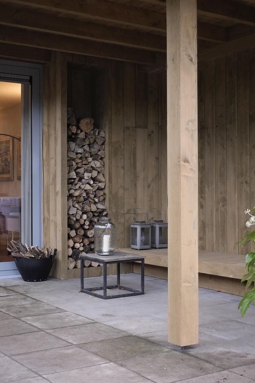 De peppels houten veranda houten verandas tuinontwerp of tuinarchitect wij ontwerpen - Opslag terras ...