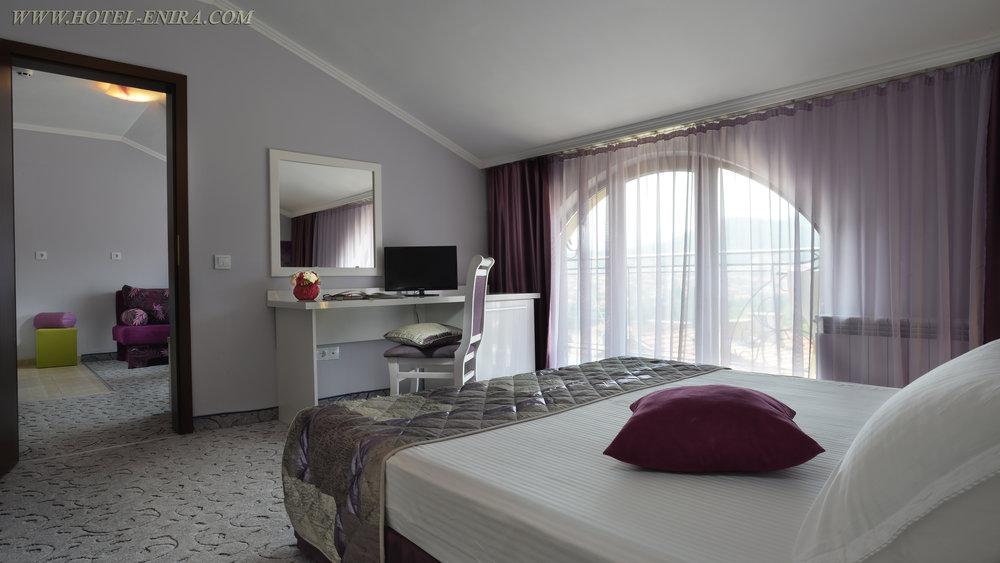 apartment 3 3840 .jpg