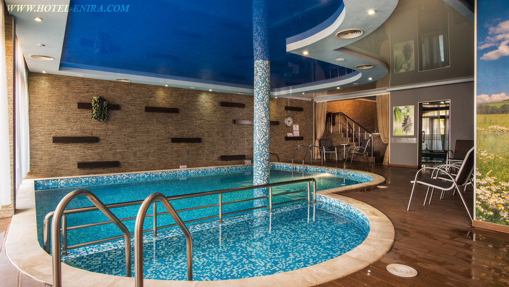 indoor swimming pool 3840.jpg