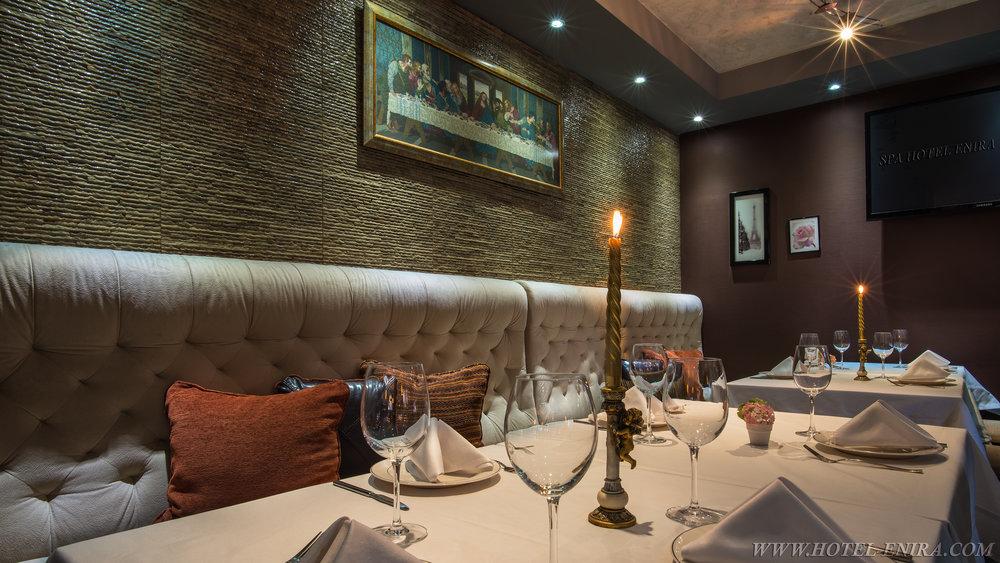 restaurant mix 2 3840.jpg