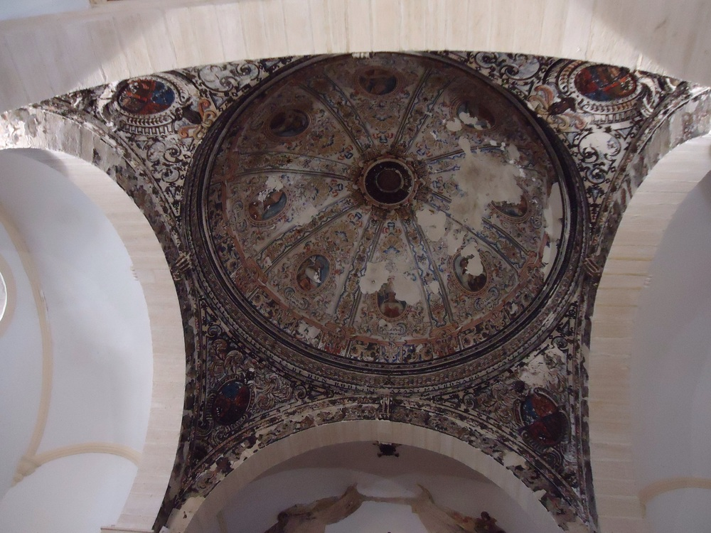 The Dome is beautifully painted but sadly falling into disrepair!