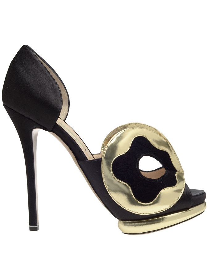 Silk-satin d'orsay pumps with mask front /   NICHOLAS KIRKWOOD