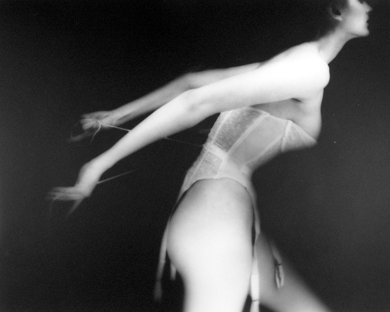 Lillian Bassman / It's A Cinch / Carmen / Harper's Bazaar / 1951