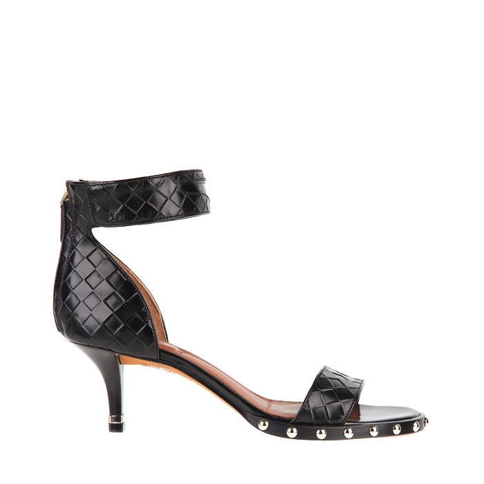 GIVENCHY low-heeled sandal in embossed leather