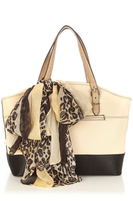 OASIS   pembry bag