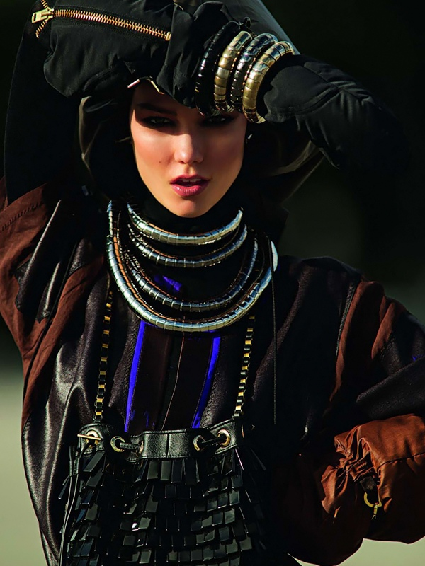 Hans Feurer / Karlie Kloss / Vogue Paris / March 2012