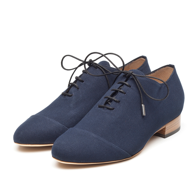 Caroline navy   canvas Brogues