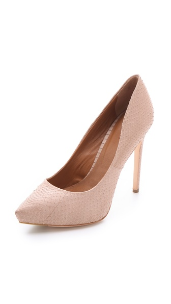RACHEL ROY   pointed pumps