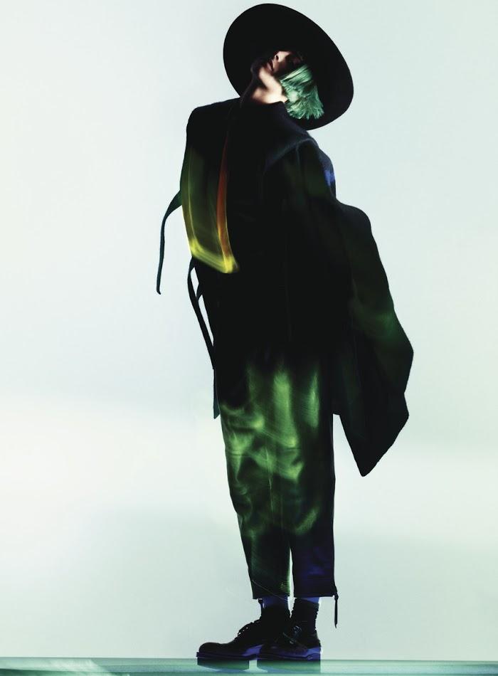 Benjamin Lennox / Milou van Groesen / Sissy Vian / Flair / December 2012