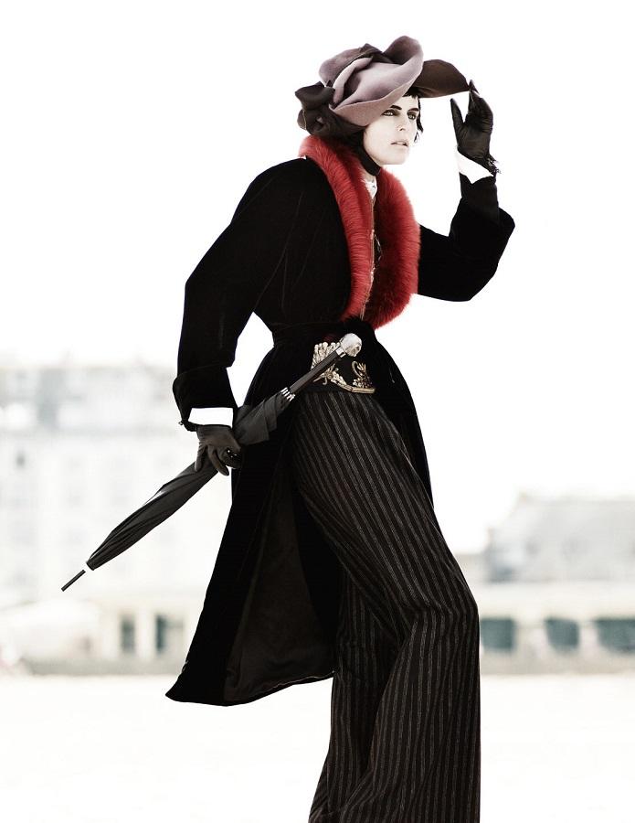 Mario Testino / Stella Tennant / Marte van Haaster / Vogue UK / September 2012