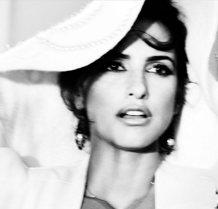 Tom Munro / Penélope Cruz / Vogue España / November 2012