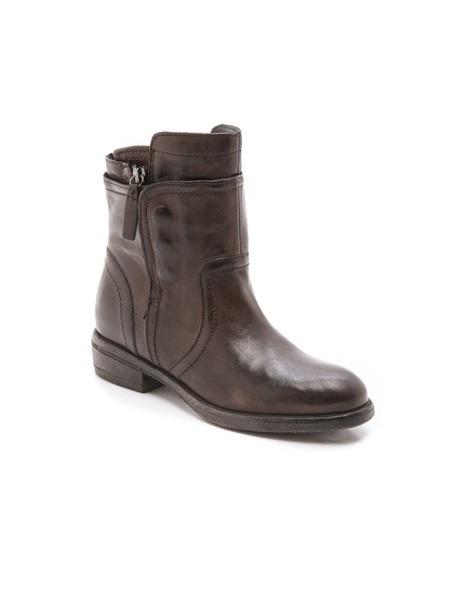 VERA WANG ozita ankle boots