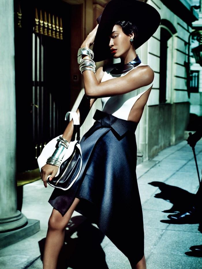 Mario Testino / Joan Smalls / Vogue Brasil / June 2013