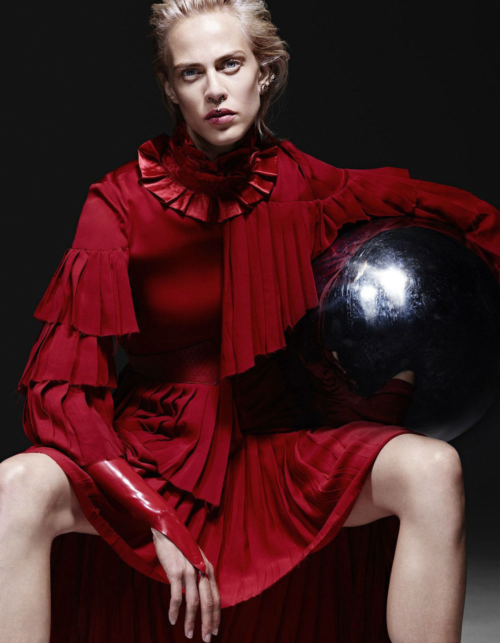 Liz Collins / Aymeline Valade / Vogue Japan