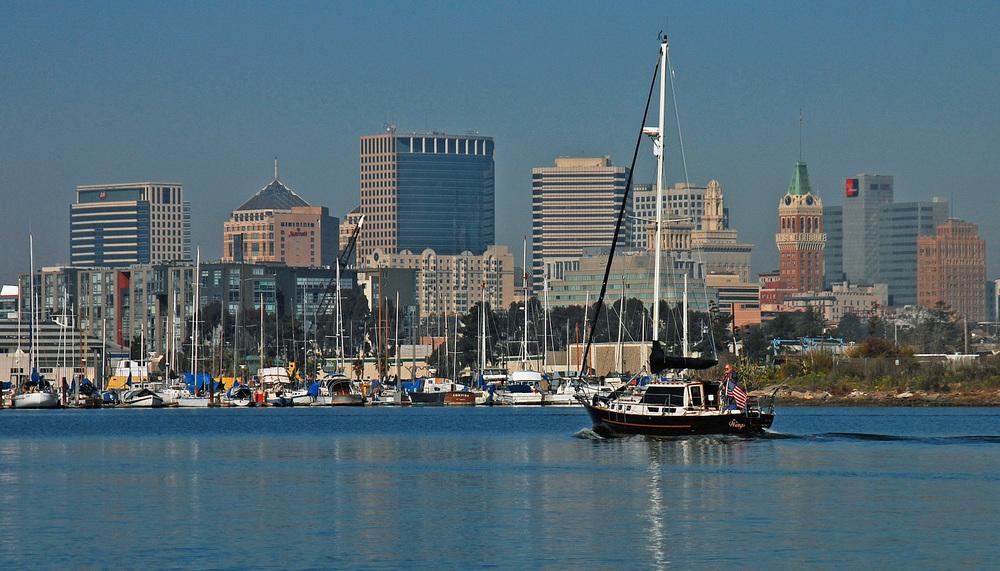 Oakland skyline AM