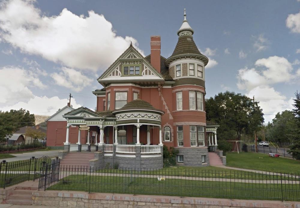 Ferris Mansion B&B - 1903