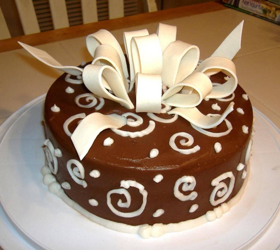 chocolate and ribbon cake