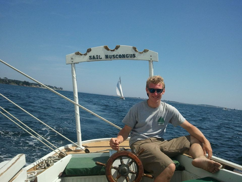 2013 deckhand Jared takes the helm between tours!