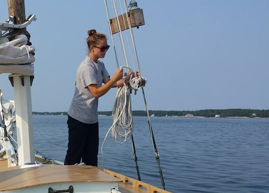 2015 deckhand Kelsey gets ready to set the main!
