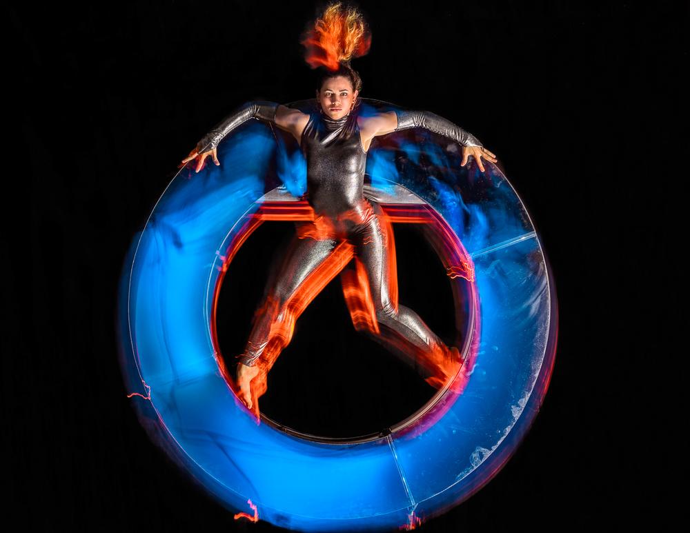 Simian-acrobats_0005.jpg