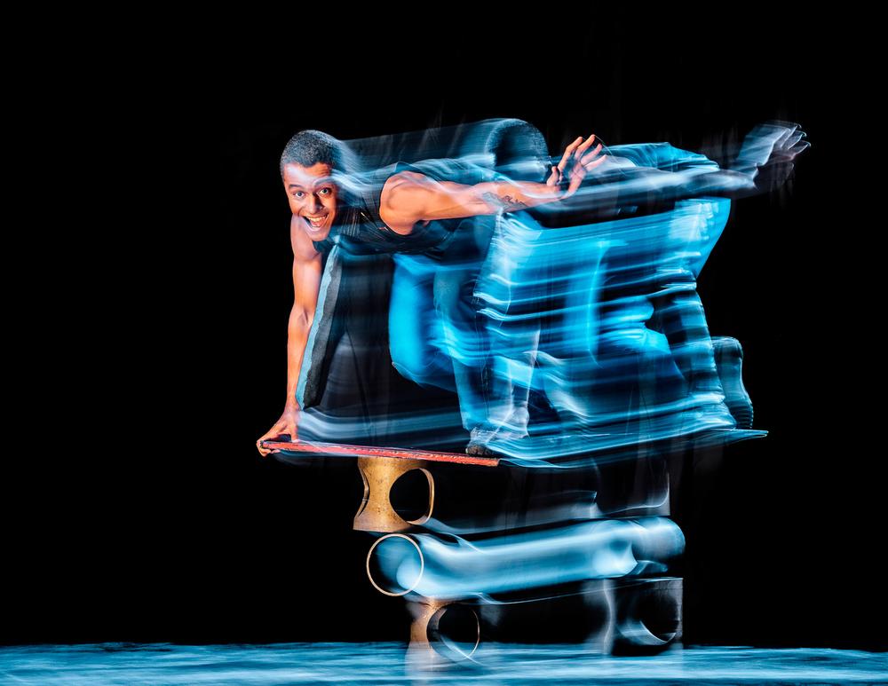 Simian-acrobats_0012.jpg