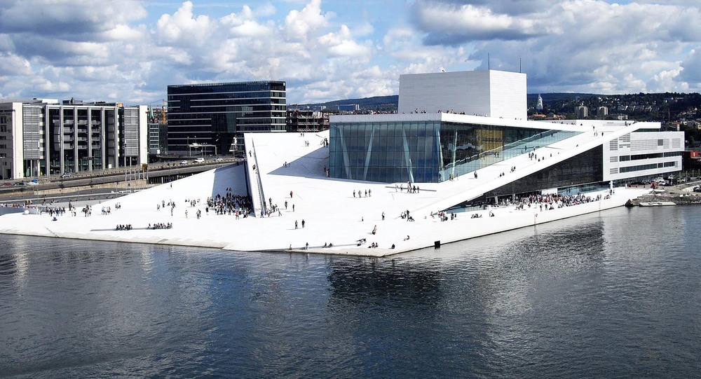 "The Oslo Opera House - Tip: buy an icecream @ Oslo S and eat it on the roof of ""operan"""