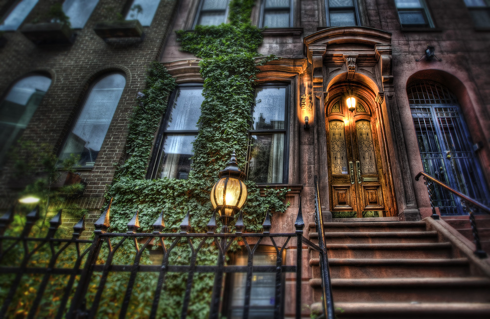 new-york-brownstone.jpg
