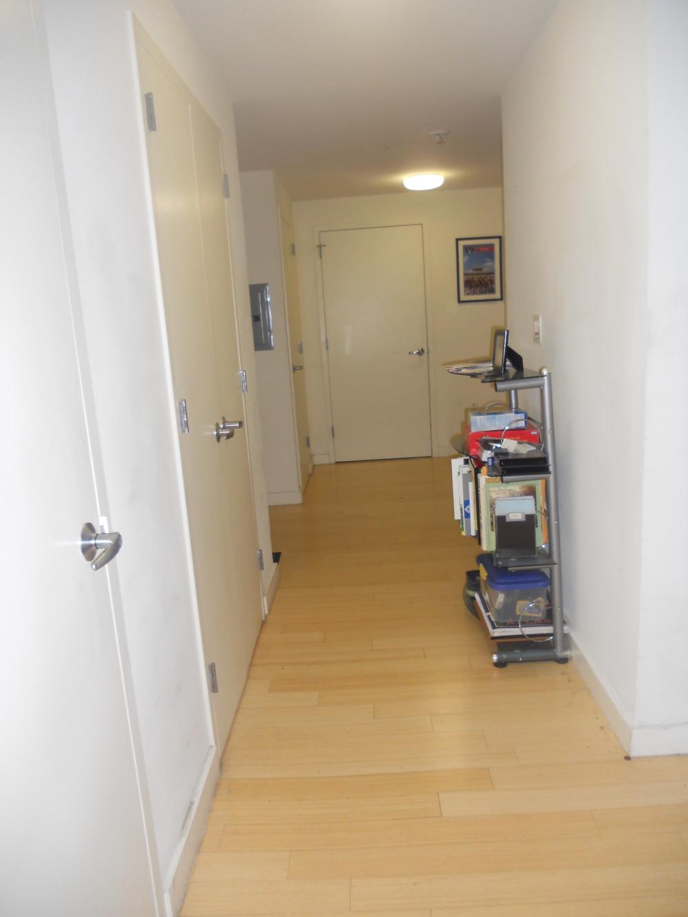 apt-hallway.jpg
