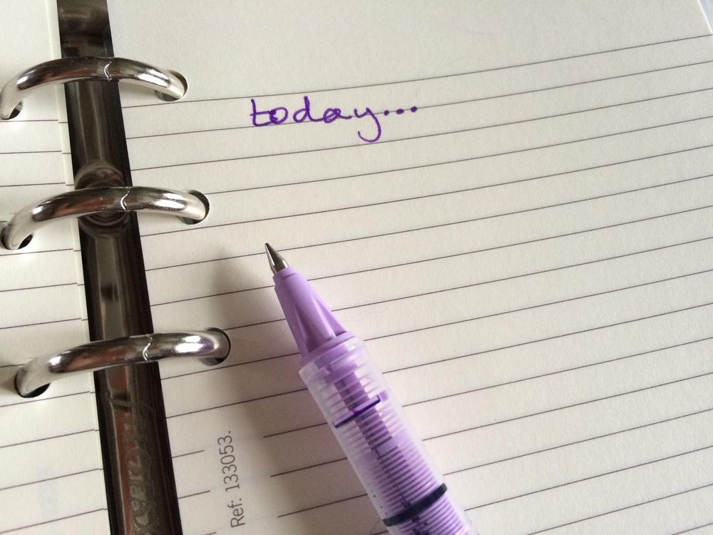 purple-pen-and-filofax.jpg