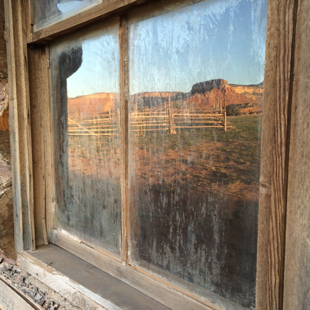 Magnificent landscape and old cabin, Ghost Ranch