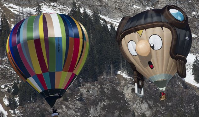 Balloons of all kinds attract spectators