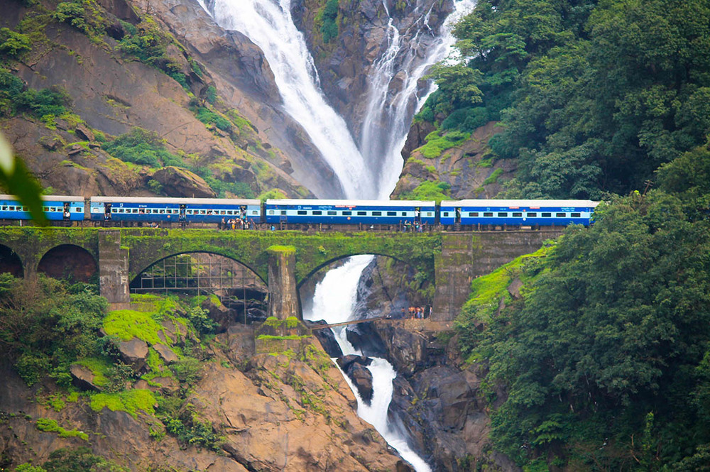 Dudhsagar Waterfalls Image Credit: Eco-turizm.net