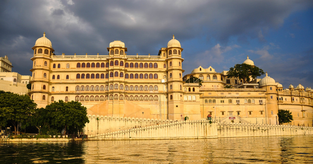 Image: City Palace, Udaipur             Image Credit: www.chiclifestyle.in.jpg