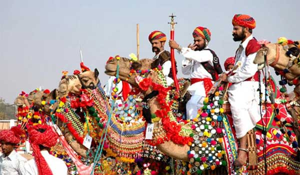 Image: Pushkar Festival Image Credit:  www.indiafamousfor.com