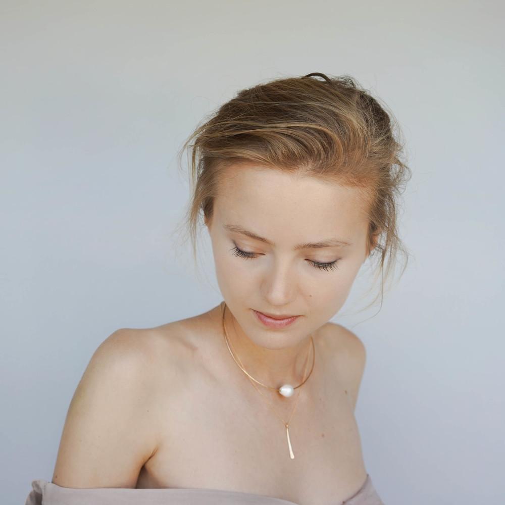 Single fringe necklace, Boroque pearl choker