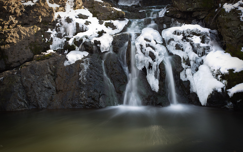 Newington Falls.jpg