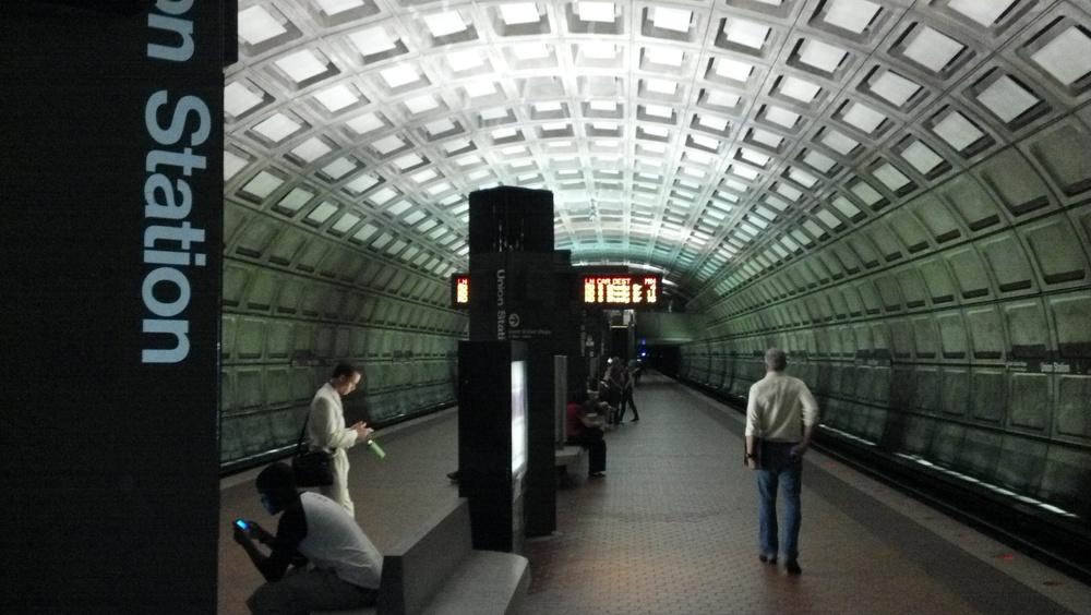 2012 05.30 Union Station Metro.jpg