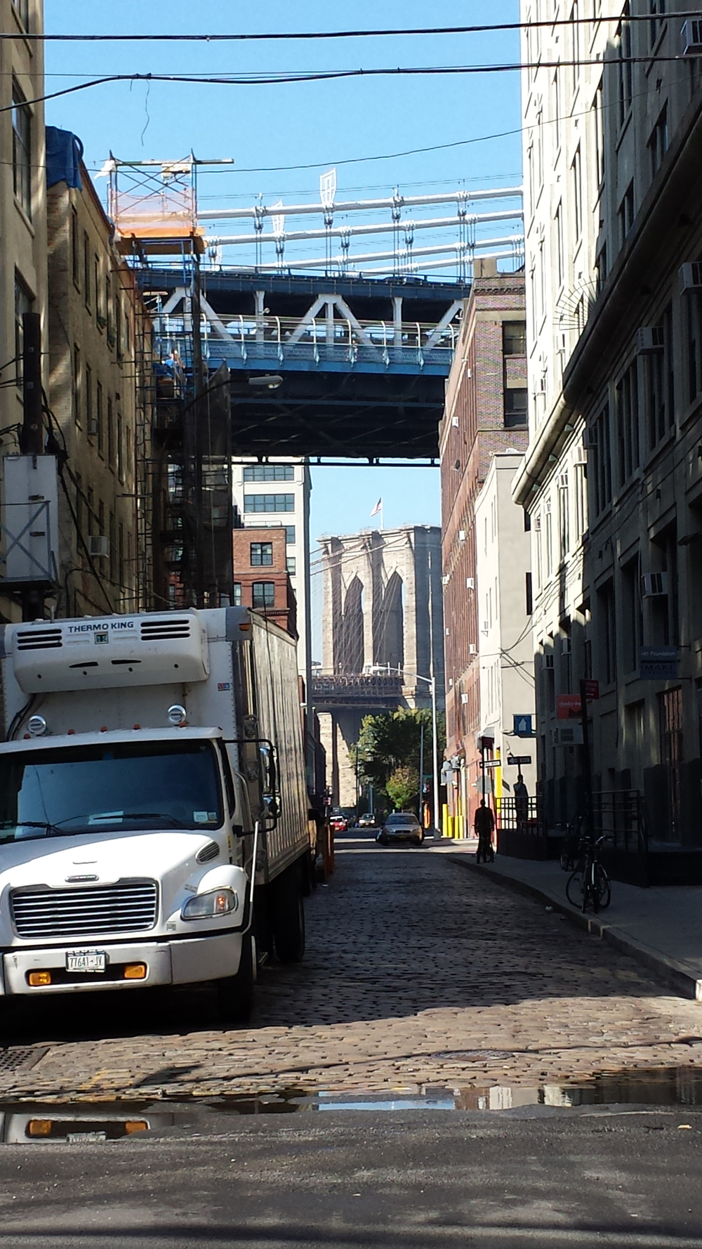 2013 10.15 Brooklyn Bridge tower.jpg
