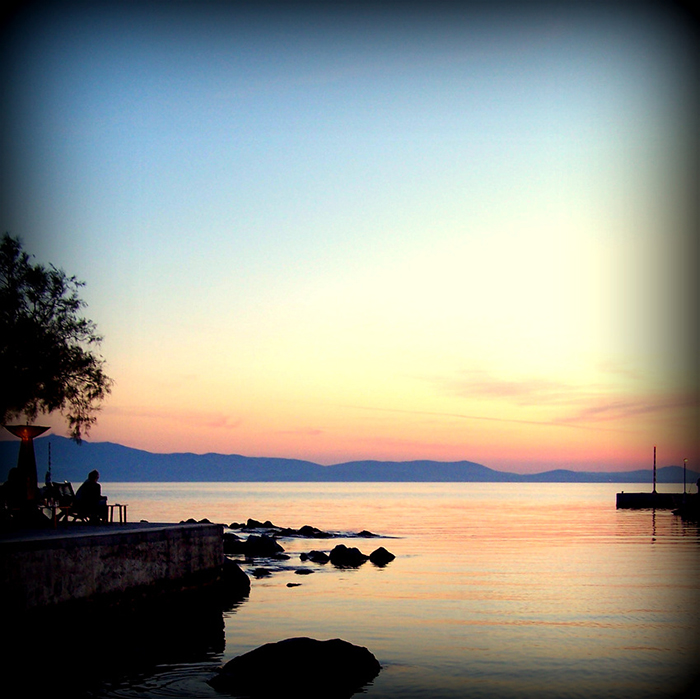 Mike Sowden, Naxos Town, Greece - Instagram of beautiful sunset over the water.
